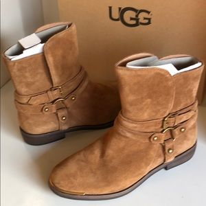 ❤️New Ugg Kelby Chestnut Ankle Bootie Boots Sz 5